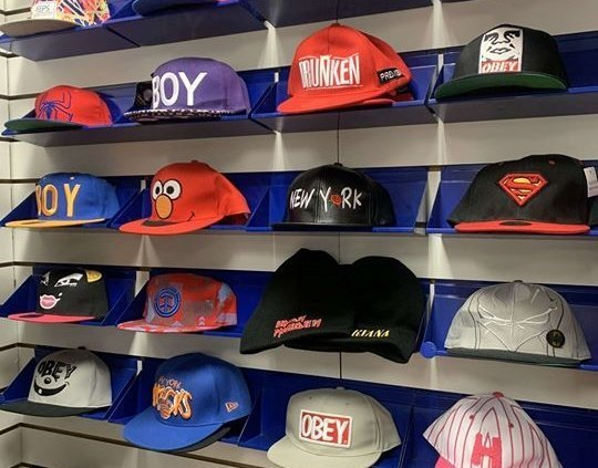 Snapbacks for DAYS! Get into Trax Tullamore and check out the many varieties of…