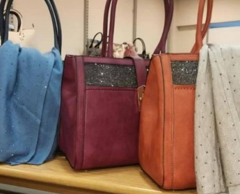Fab selection of handbags in-store ideal christmas gift 🎅 from me to me 😂😀🎅